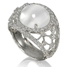 Amsterdam Sauer Rings - Moonlight Ring - In 18-kt white gold with moonstones and diamonds