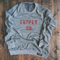 ★ Supply Co. Fleece by The Good Union ★  Hand letter pressed fleece sweater. Hand sewn with the workshop approved tag… Another dope stuff from The Good Union!!!  ☞ https://grafitee.fr/magazine/2014/12/supply-co-fleece-the-good-union/ ☜   Featured on #Grafitee - #TheGoodUnion #handmade #letterpress #vintage #USA
