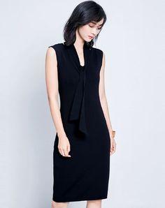 Black Sleeveless V-neck Midi Sheath Dress