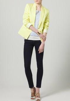05b925d4c3e0 4750 besten 1 Kleidung Bilder auf Pinterest   Clothes, Beautiful ...