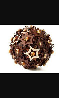 Palla natalizia di cioccolato
