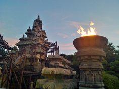 INDIANA JONES AND THE TEMPLE OF PERIL -Disneyland Paris #rollercoaster