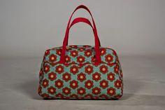 Spurrewubsie blogt ...: Dag 12: een sporttas voor de dochter + uitslag give away 6!!