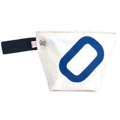 Pochette cabine n°0 en voile de bateau Duck Tape Bags, Ideas, Cabin, Clutch Bag, Coin Purses, Clutch Bags, Ships, Bags, Projects