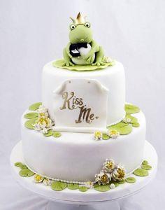 Frog Prince Cake, cute idea for a groom's cake Cupcakes, Cupcake Cakes, Beautiful Cakes, Amazing Cakes, Beautiful Bride, Frog Cakes, Prince Cake, Funny Wedding Cake Toppers, Cake Wrecks