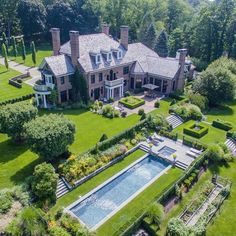 Custom built in 2006 majestic architecture combines classical and symmetrical design elements of Colonial English. Formal Garden Design, Garden Landscape Design, Mega Mansions, Mansions Homes, Site Art, Colonial Mansion, Dream Mansion, Luxury Homes Dream Houses, Big Houses