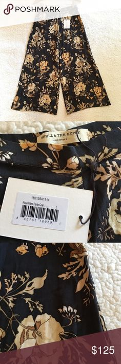 80326c3db7 NWT Spell & the Gypsy Collective Rosa crop pants -RTP $125, size is