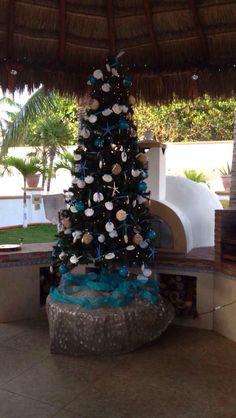 Beach villa christmas tree