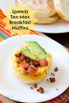 Quick & Easy Tex-Mex Breakfast Muffins, made in the microwave with eggs, english muffins, chorizo, pico de gallo and cheese. Savory Breakfast, Breakfast Muffins, Breakfast Items, Best Breakfast, Microwave Breakfast, School Breakfast, Mug Recipes, Brunch Recipes, Breakfast Recipes