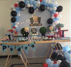 mariagigidecor loccare coisitasdasros Decoracao de Festa Poderoso Chefinho 1st Boy Birthday, 1st Birthday Parties, 1st Birthdays, Super Party, Boss Baby, Baby Party, 1 Year, Salvador, Party Themes