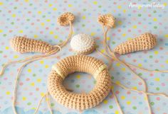 Lion baby rattle crochet pattern - assembly