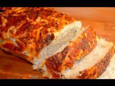 Pain fourré - oignons, fromage, olives noires - La Recette