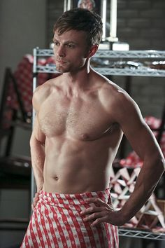 Pin for Later: Prepare For 2016 With TV's Sexiest Pictures From the Past Year Hart of Dixie Speaking of guys we'll miss, Wade (Wilson Bethel) — and his abs — will live on in Hart of Dixie reruns for years to come.