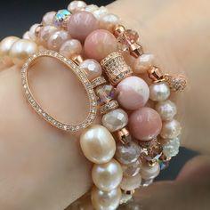 Jewelry Accessories Outfit Blush stack - pearls, blush moonstone, blush Peruvian opals, blush Swarovski and more. Boho Jewelry, Jewelry Crafts, Beaded Jewelry, Jewelry Bracelets, Jewelry Accessories, Jewelry Design, Fashion Jewelry, Stack Bracelets, Stretch Bracelets