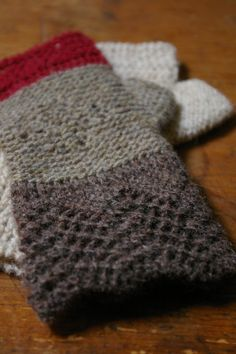 love this color combination and the pattern: from woollenflower
