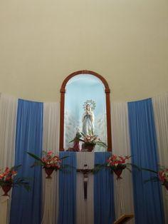 Virgen de Lourdes, Altar Mayor, Iglesia de Lourdes de Montes de Oca, San José, Costa Rica