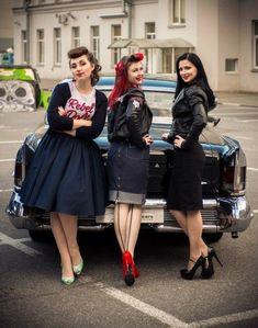Super style retro femme pin up ideas Looks Rockabilly, Mode Rockabilly, Rockabilly Outfits, Rockabilly Fashion, Retro Fashion, Vintage Fashion, Punk Fashion, Lolita Fashion, Retro Mode