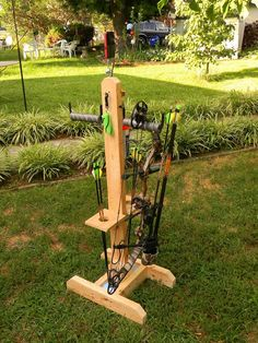 Archery Range, Archery Hunting, Bow Hunting, Hunting Arrows, Coyote Hunting, Pheasant Hunting, Woodworking Shop Layout, Woodworking Projects Diy, Green Woodworking