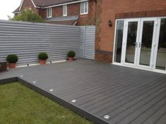 Garden decking and patio ideas for gardens small and large from traditional brick paving to modern tiles and wooden decking See more ideas about Garden decking ideas lig Back Garden Design, Modern Garden Design, Small Garden With Decking Ideas, Contemporary Garden, Simple Deck Ideas, Small House Garden, Backyard Patio Designs, Patio Ideas, Backyard Ideas