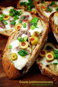Grzanki śródziemnomorskie z anchois / Mediterranean toast with anchovies (recipe in Polish)