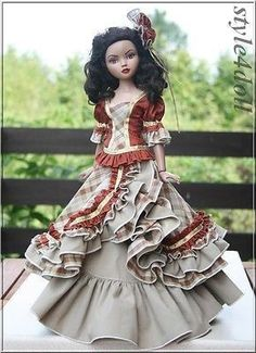 Handmade outfit for Ellowyne Wilde 16  Tonner Doll Auction includes: Blouse Skirt Ornament on head Smoke free home. PayPal only waiting 5 days of auction end please. Doll, Shoes and diorama Accessori