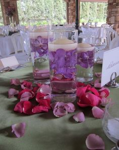 Read information on quinceanera center pieces. For help with the whole quinceanera event planning process, consider using a quinceanera consultant.Qui… - New Site Submerged Centerpiece, Floating Candle Centerpieces, Flower Centerpieces, Floating Candles Wedding, Quinceanera Centerpieces, Quinceanera Party, Wedding Table Decorations, Table Wedding, Centerpieces