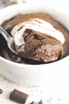 Vegan Chocolate Pudding recipe made healthy with just 4 easy ingredients! In no-time you'll have this perfectly creamy, chocolaty, lower-sugar dessert.