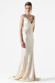 7 Gowns Inspired by Screen Sirens Deliver Old-Hollywood Glam for Your Wedding Day
