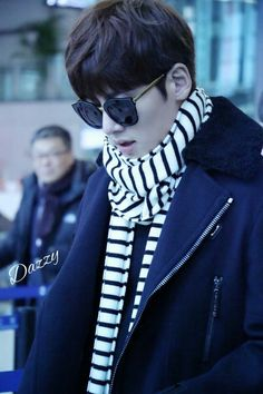 2016-01-22 at Shanghai Airport to Beijing | Ji Chang Wook
