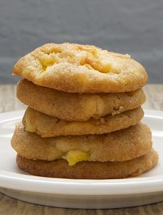 Peach Drop Cookies are a wonderfully delicious way to take advantage of fresh peaches. They taste like little bites of peach cobbler! - Bake or Break Chocolate Cookie Recipes, Easy Cookie Recipes, Cake Mix Recipes, Cookie Desserts, Just Desserts, Dessert Recipes, Chocolate Chips, Nutella Recipes, Cookie Favors