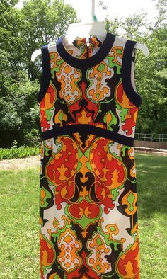 43167f19bf25 Retro 1970 s Mod Pop Art Paisley Design Leslie Fay Knits Maxi Dress - Size  S M- Free Shipping to USA