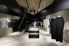 superfuture :: supernews :: tokyo :: homme plissé issey miyake store opening © issey miyake