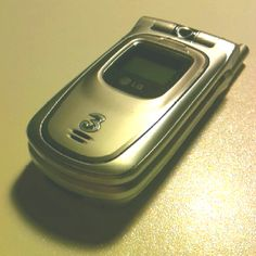 my first umts phone, 2004