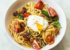 Spaghetti with Tomatoes, Bacon, and Eggs Recipe | www.simplyrecipes.com