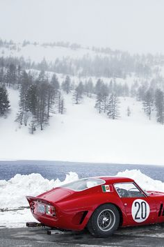 Rosso corsa, racing red. Italy's national racing colour adopted by Enzo Ferrari for his cars. Let's melt some snow! #Ferari #snow #winter