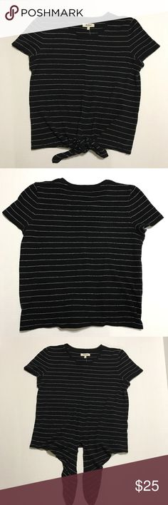 Madewell Black & White Striped Tie Front Blouse NWT Tie front blouse in black & white stripes. 100% cotton. Machine washable. Madewell Tops Blouses