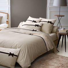 Luxury Bedding Sets On Sale Info: 5853077430 Bed Cover Sets, Best Duvet Covers, Bed Covers, Duvet Bedding, Comforter Sets, Home Bedroom, Bedroom Decor, Headboards For Beds, Bed Design