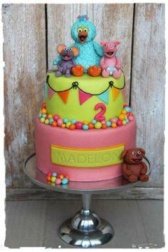 Sesamstraat taart Cupcakes, Cupcake Cookies, Beautiful Cakes, Amazing Cakes, Sesame Street Cake, Foundant, Girly Cakes, Little Girl Birthday, Wedding Desserts