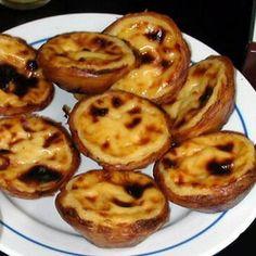 Pastel de Nata http://www.pinterest.com/compactkid/portuguese-recipes/