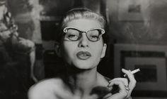 REGINA RELANG: Mit ihrem einzigartigen Style verband die Fotografin Regina Relang Mode- und Reportagefotografie. Jetzt zu sehen in der Ludwiggalerie Schloss Oberhausen. Link: http://www.bold-magazine.eu/regina-relang/  #FashionPhotography #InszenierteEleganz #LudwigGalerie #ModeFotografie #Oberhausen #ReginaRelang #Reportagefotografie