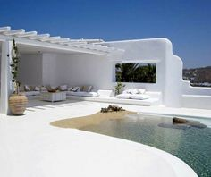 Awesome house with interesting interior and exterior design in the beautiful island Mykonos in Greece. Via homeguide Villa Pool, Beach Villa, Beautiful Villas, Beautiful Homes, Beautiful Space, Casa Mix, Outdoor Spaces, Outdoor Living, Outdoor Lounge