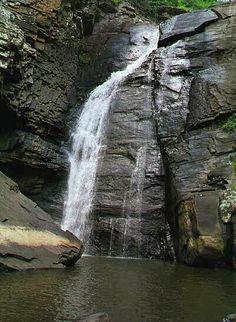 Cedar Bluff, AL : Yellow Creek Falls which drops 100 feet into Lake Weiss, Alabama