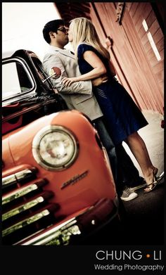 Couple photo with car & barn @Krista McNamara McNamara McNamara McNamara Lahaye