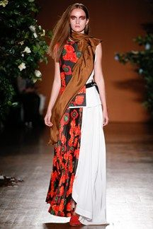 Toga Spring 2016 Ready-to-Wear Collection Photos - Vogue London Spring, Spring Summer 2016, Fashion Details, Ready To Wear, Fashion Show, Women Wear, Vogue, Street Style, Model