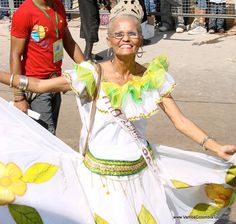 Cumbia Dancers at Barranquilla Carnaval, Colombia by vamoscolombiatour, via Flickr