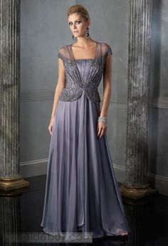 Mother of the Bride Dress - my mom would look beautiful in this