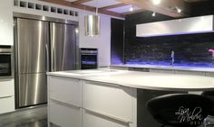 Modern Kitchen Design, Kitchen Designs, Kitchen Ideas, Kitchen Taps, Kitchen Appliances, Kitchen Island Shapes, Shapes And Curves, Cooker Hoods, Bathroom Designs