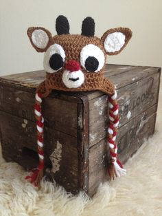 """LI'L RUDY  Rednosed Reindeer hat inspired by frogandpenguin. //  ♡ FYI,,, FOR MORE CHRISTMAS CROCHET, SEE MY OTHER BOARD - """"CROCHET; Christmas""""! (hehehe)  ♥A. 《Besides, I just has to leave him here....HE'S SO CUTE!!!!》A"""