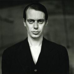 http://www.moviestarspicture.com/photos/steve-buscemi/Steve-Buscemi-young.jpg
