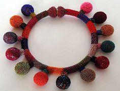Yael Krakowski, Balloon Necklace
